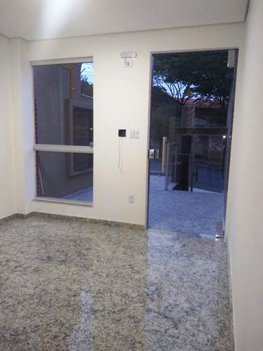 cobertura no bairro santa branca, 2 quartos com semi-suite e lavabo, 2 vagas e elevador. - 2108