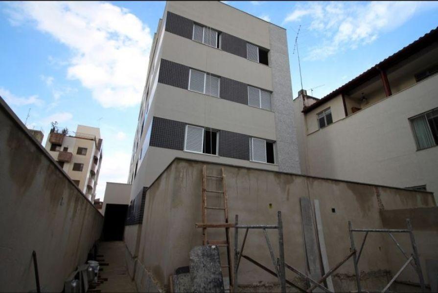 cobertura nova com 3 quartos no bairro são pedro. - 1396