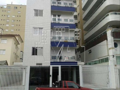 cobertura triplex em praia grande , com 5 dormitórios sendo 4 suites , 2 vagas privativas , aceita imóvel como parte de pagamento , e aceita financiamento bancário
