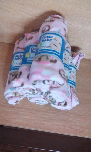 cobija de monitos para bebe!