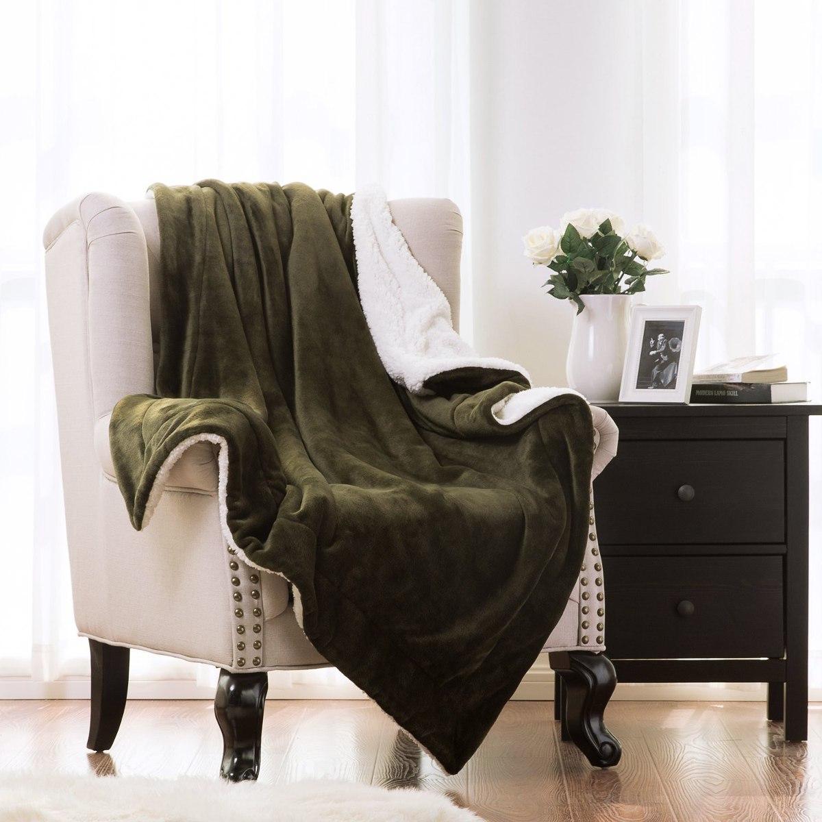 Cobija Sherpa Super Suave Reversible Cama Sofa Verde Oscuro