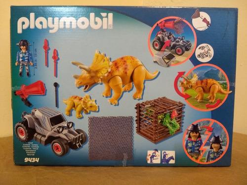 coche con triceratops 9434