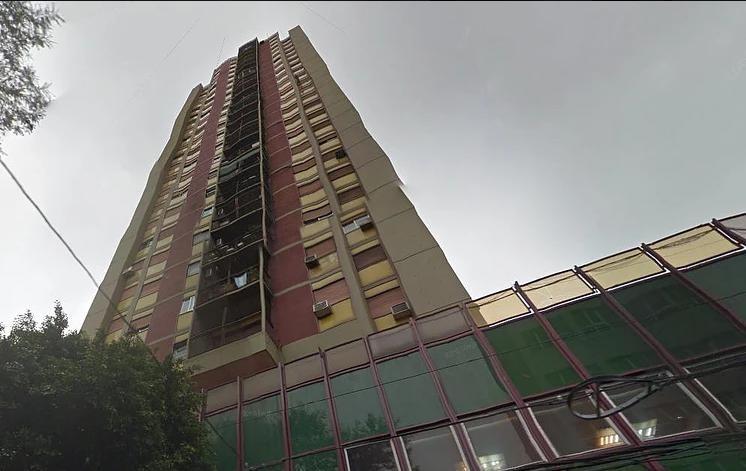 cochera - caseros (edificio banco cooperativo de caseros)