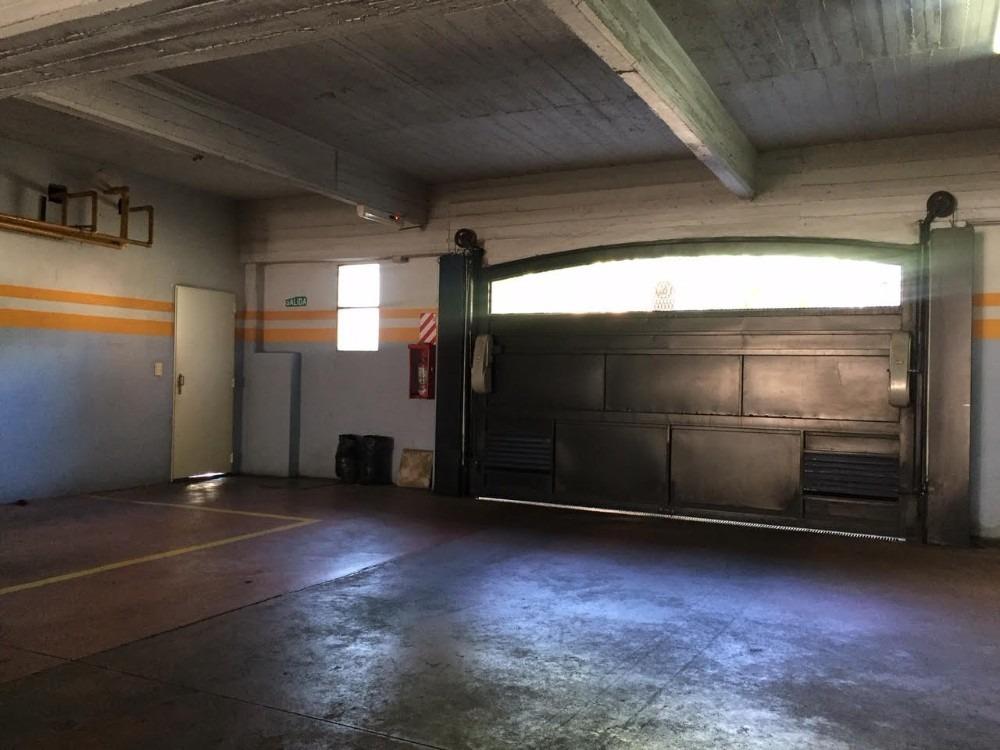 cochera cubierta 2.60 x 5 mts