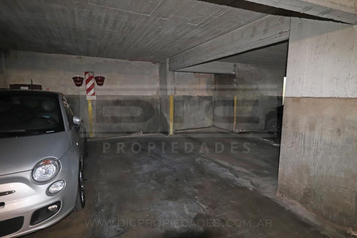 cochera cubierta subsuelo - barrio vicente lópez
