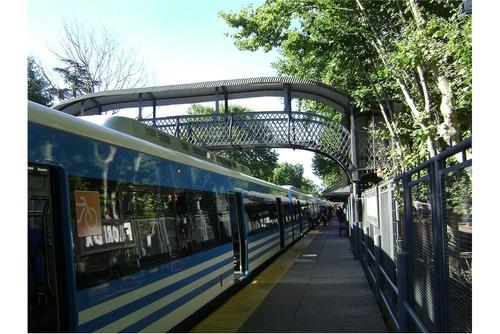 cochera en florida fija cubierta est. tren florida