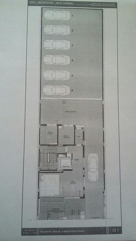 cochera en venta en edificio serrano