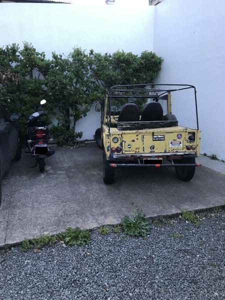 cochera fija descubierta san isidro porton automatico y cámera seguridad