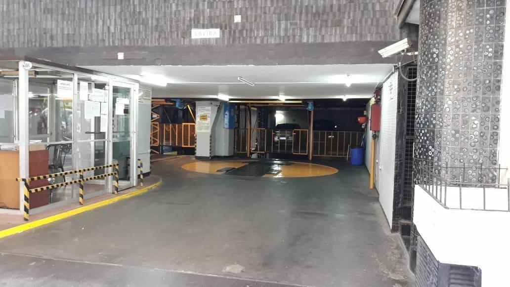 cochera fija y cubierta primer subsuelo por elevador