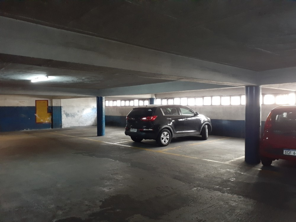cochera primer piso de muy fácil acceso
