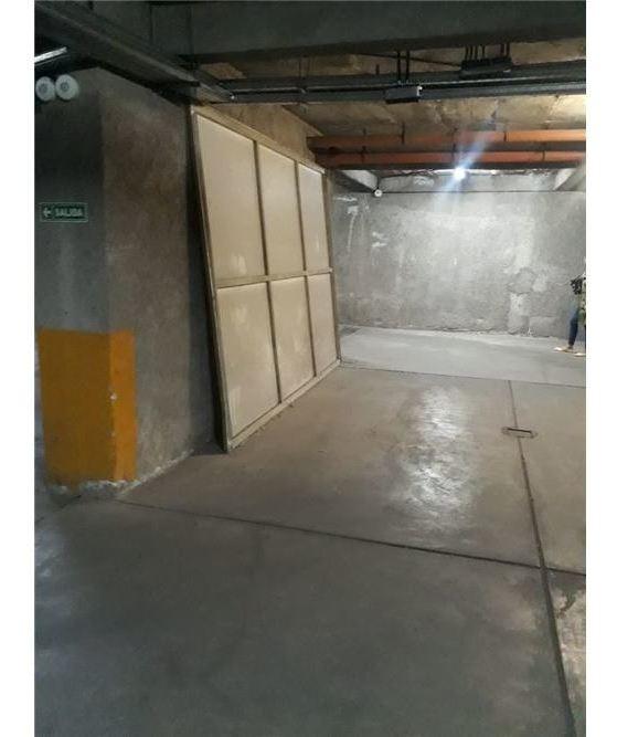 cochera subterranea en excelente ubicacion