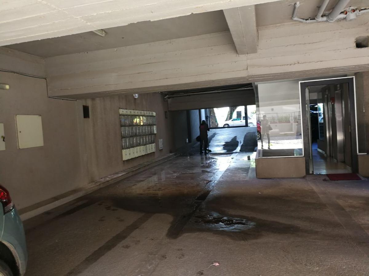 cocheras cubiertas en castelar norte - cód. ref. 883