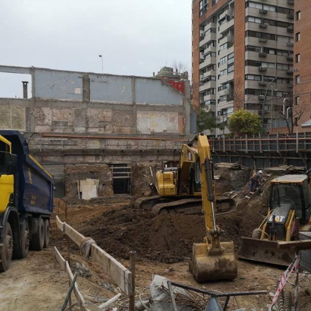 cocheras en construcción - frente a sanatorio fleni
