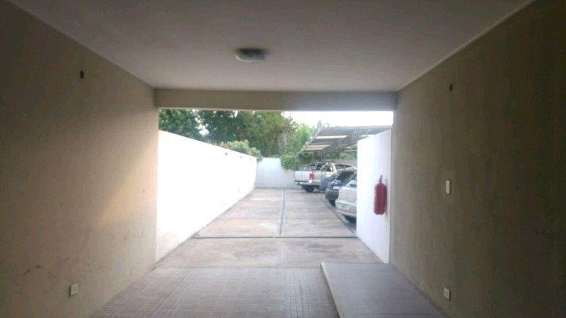 cocheras techadas 24 entre 36 y 37