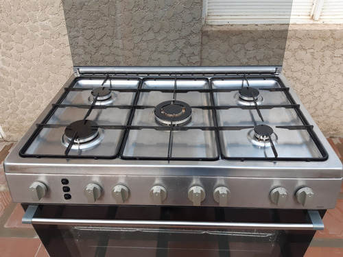 cocina 5 hornillas