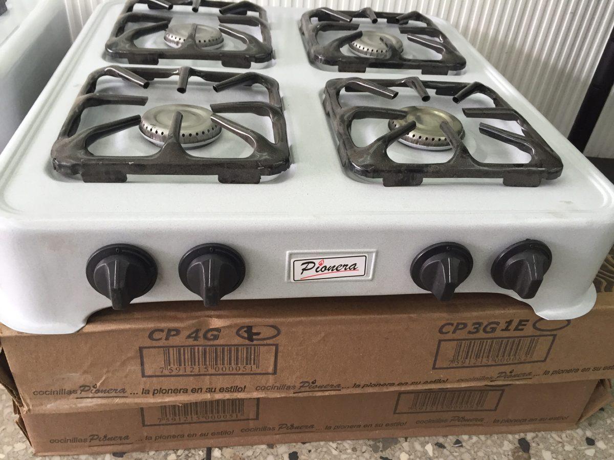 Cocina a gas 4 hornillas marca pionera nuevas bs 89 for Cocinas a gas nuevas