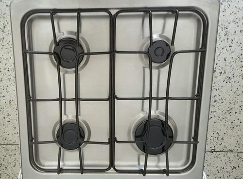 cocina de 4 hornillas
