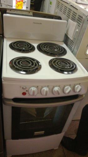 cocina eléctrica frigaire modelo (fkea20d3mbmw) nueva en caj