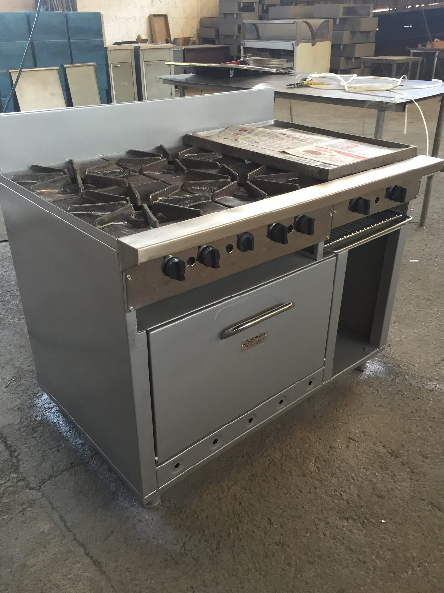 Cocina industrial 4 hornillas plancha horno y gratinador for Plancha industrial