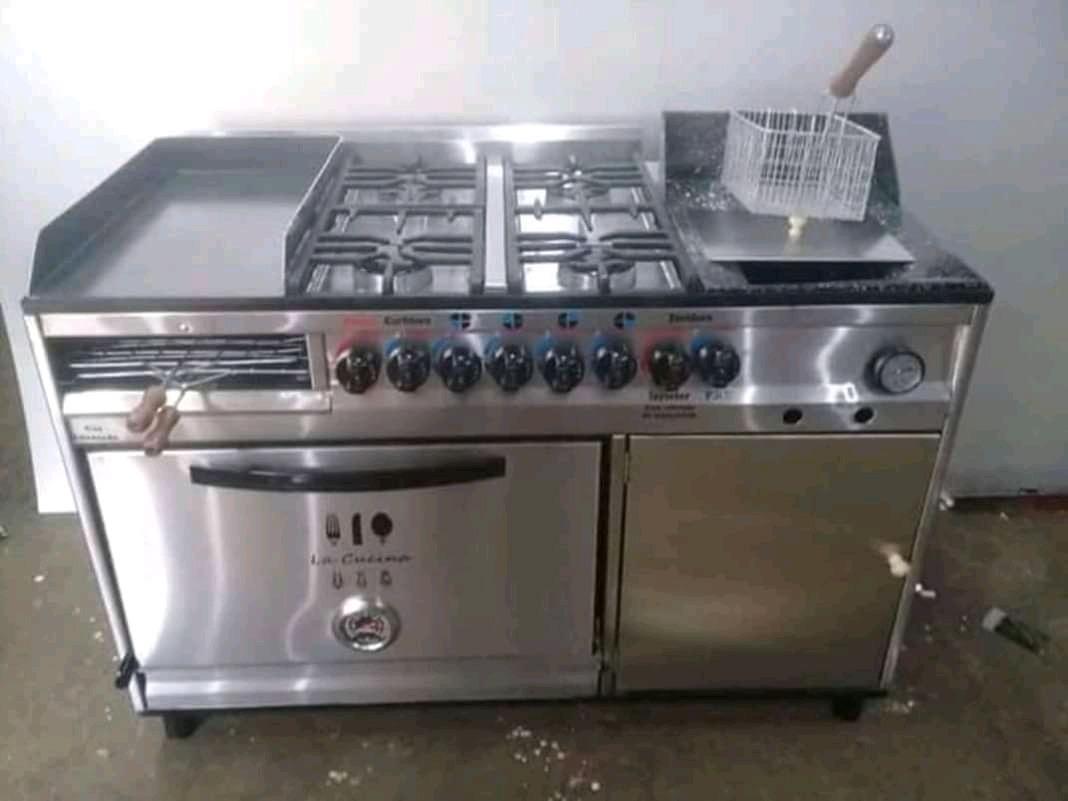 Cocina Industrial Con Plancha Carletera Y Freidora 39 900 00