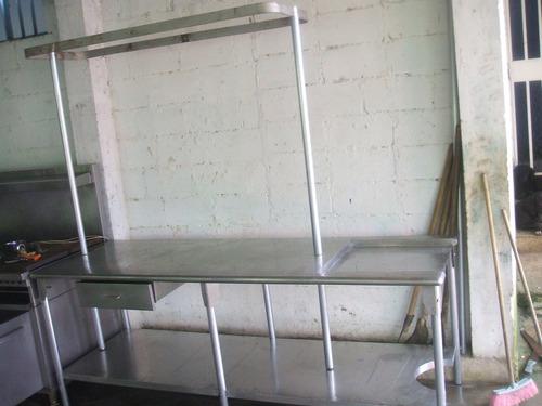 cocina industrial y equipos mesones, campana, baño de maria