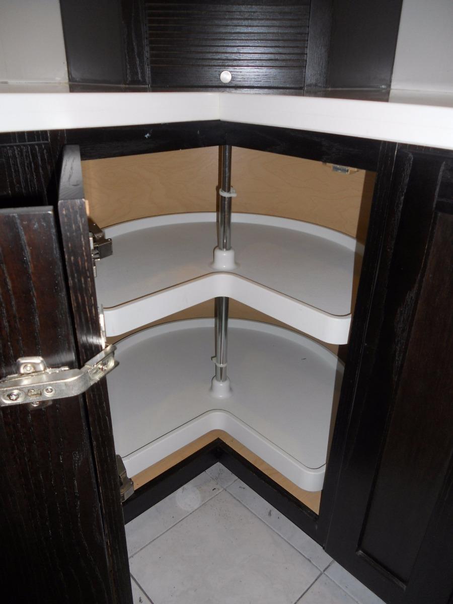 Cocina integral de exhibici n importada quality cabinets - Cocinas en esquina ...