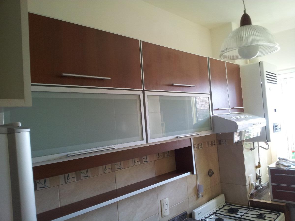 Imagenes muebles de cocina cocina con mobiliario de for Fabrica muebles cocina