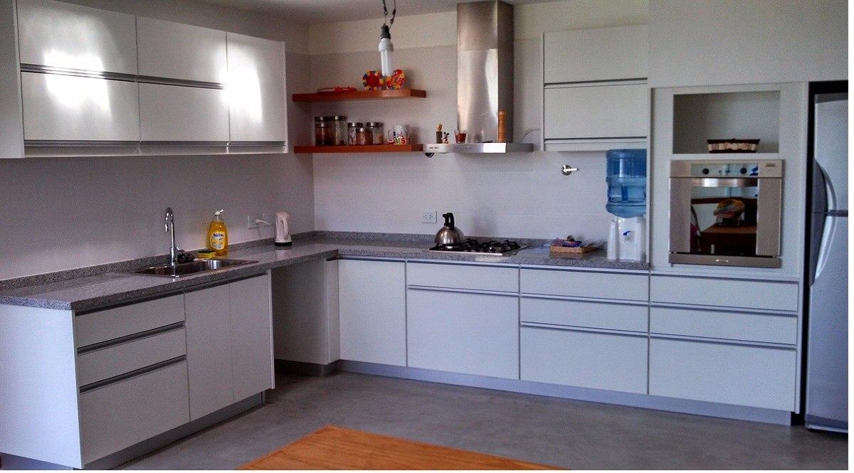 Muebles de cocina de aluminio dise os arquitect nicos for Cocinas integrales en aluminio