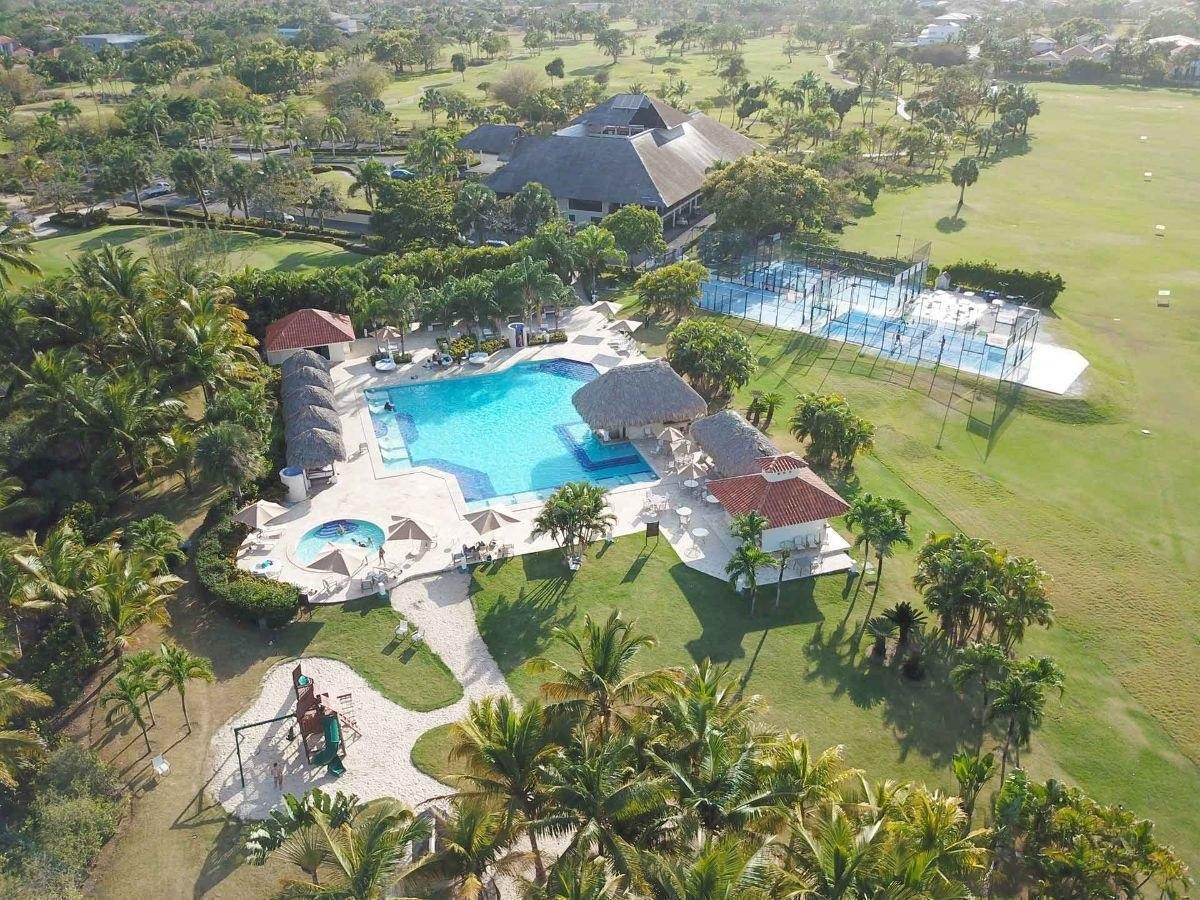 cocotal villa duplex 3hb amplia  vista golf amueblada