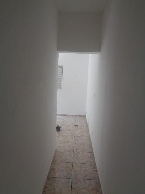 cód. 122 casa vl granada 2 dorm. 1 vaga r$1050