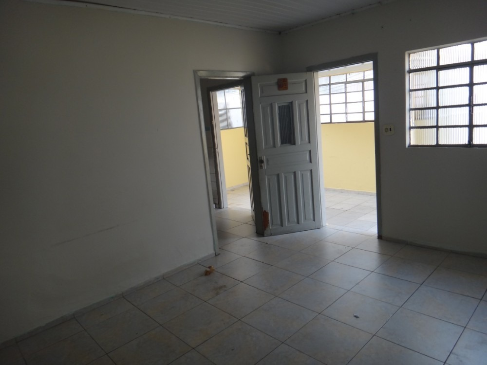 cód. 172 casa térrea 2 dorm. 2 vagas vila formosa r$1.300