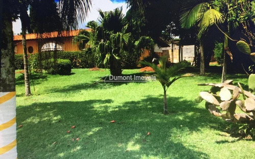cod.: 216 belíssima casa em condomínio alto padrão