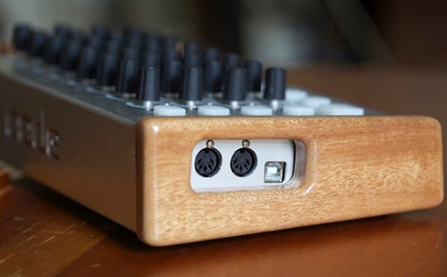 code v2 de livid instruments controlador midi usb ableton