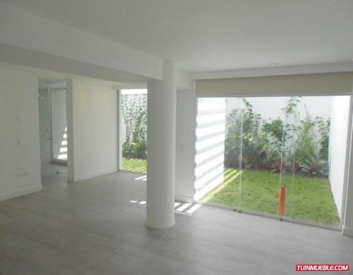 código # 985 casa en alquiler en cumbres de curumo.