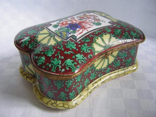 cofre alhajero porcelana francesa 15 x 11 cm muy buen estado