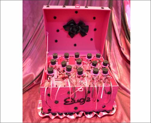 cofre ceremonia de velas 15 años con tubo pergamino rojo
