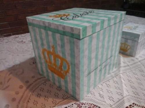 cofre de madera para cinta y cofre con pergamino xv años
