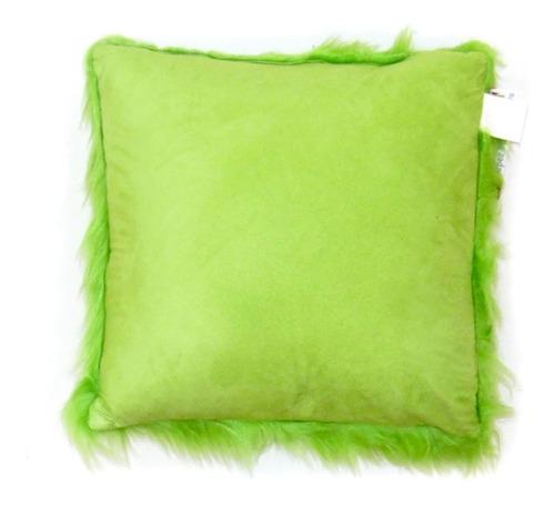 cojín afelpado verde para sofás de umberto capozzi