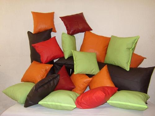 Cojin decorativo en tacto piel de calidad y buen precio for Sofas de calidad a buen precio