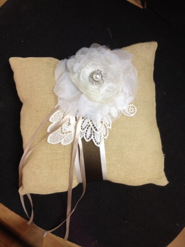cojine para anillos, bodas vintange novias