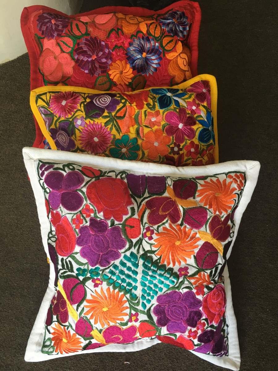 Cojines decorativos bordados artesanales fundas floreadas en mercado libre - Modelos de cojines decorativos ...