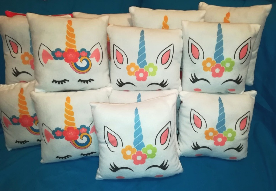 Cojines unicornio regalo recuerdos fiestas infantiles baby for Regalos para fiestas de cumpleanos infantiles