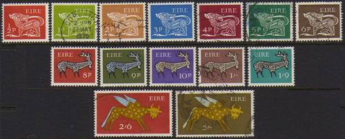 col 00273 irlanda 7211/17 + 219/25 animais estilizados n / u