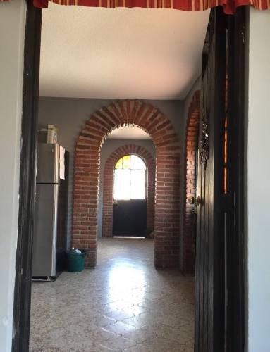 col. san isidro...casa en venta, oportunidad para invertir!!