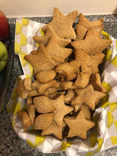 cola de mono casero y galletas de jengibre caseras