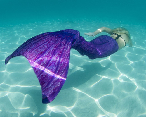cola de sirena paquete bikini mochila monoaleta libro morada