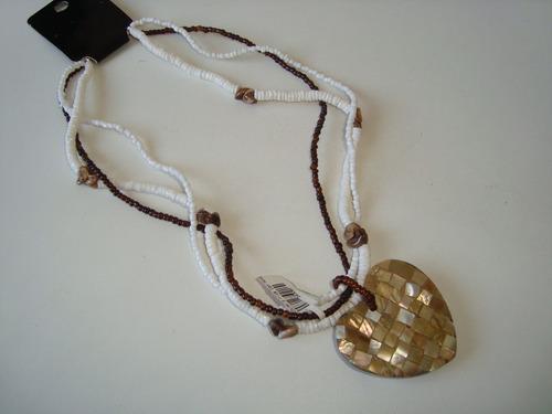 colar 3 fios miçangas pingente coração mosaico madrepérola