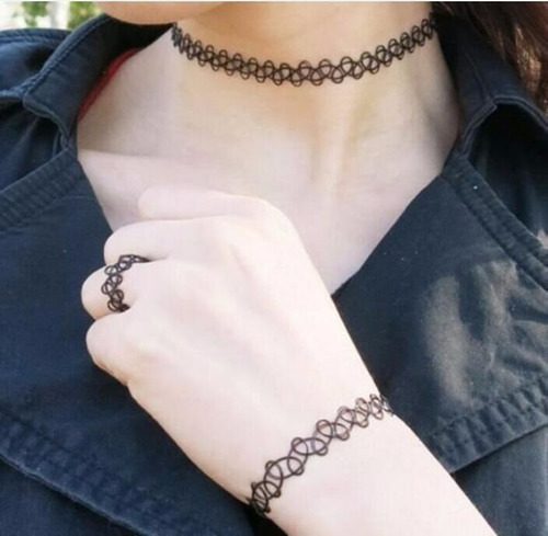 colar anel e pulseira choker tattoo o trend do momento