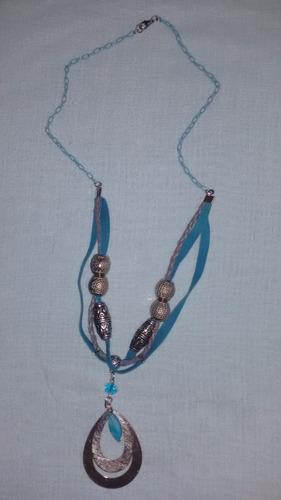 colar artesanal em forma de gota prateada -exclusivo - ac***