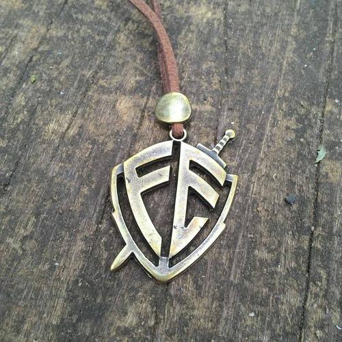 colar com escudo da fé (ouro velho)